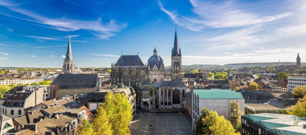 Rueckansicht Aachener Dom
