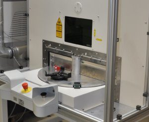 cleanBOX is a compact system for laser cleaning of rotationally symmetrical workpieces