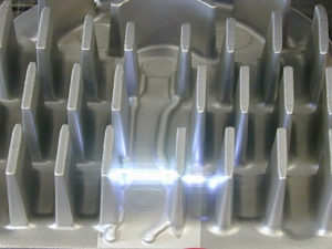 Klebevorbehandlung Kuehlkoerper