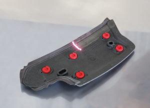 Bauteil aus PUR wird mit dem Laser vorbehandelt